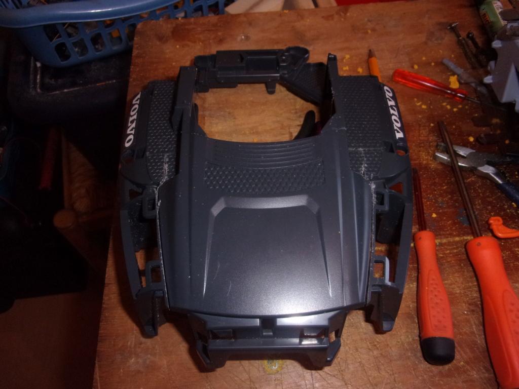 Les modifications sur Dumper Volvo A60H de Bruder 00156