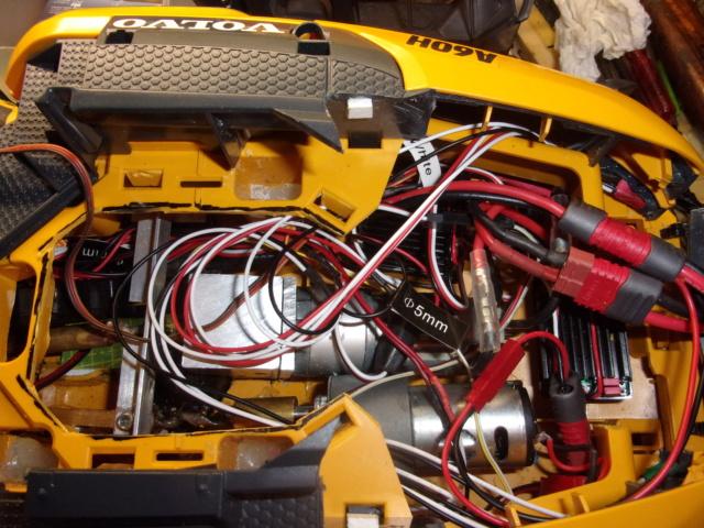 Les modifications sur Dumper Volvo A60H de Bruder 00831