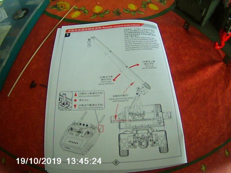 Grue télescopique Chinoise pour camion auto portée Globe liner de Tamiya. 02413