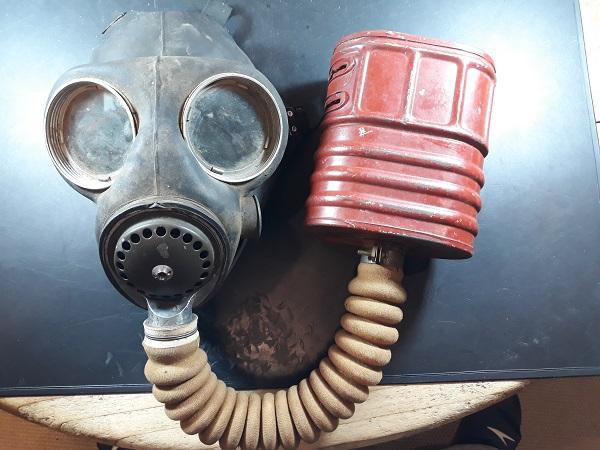 Masque Anti-gaz Anglais ... MAG 20181110
