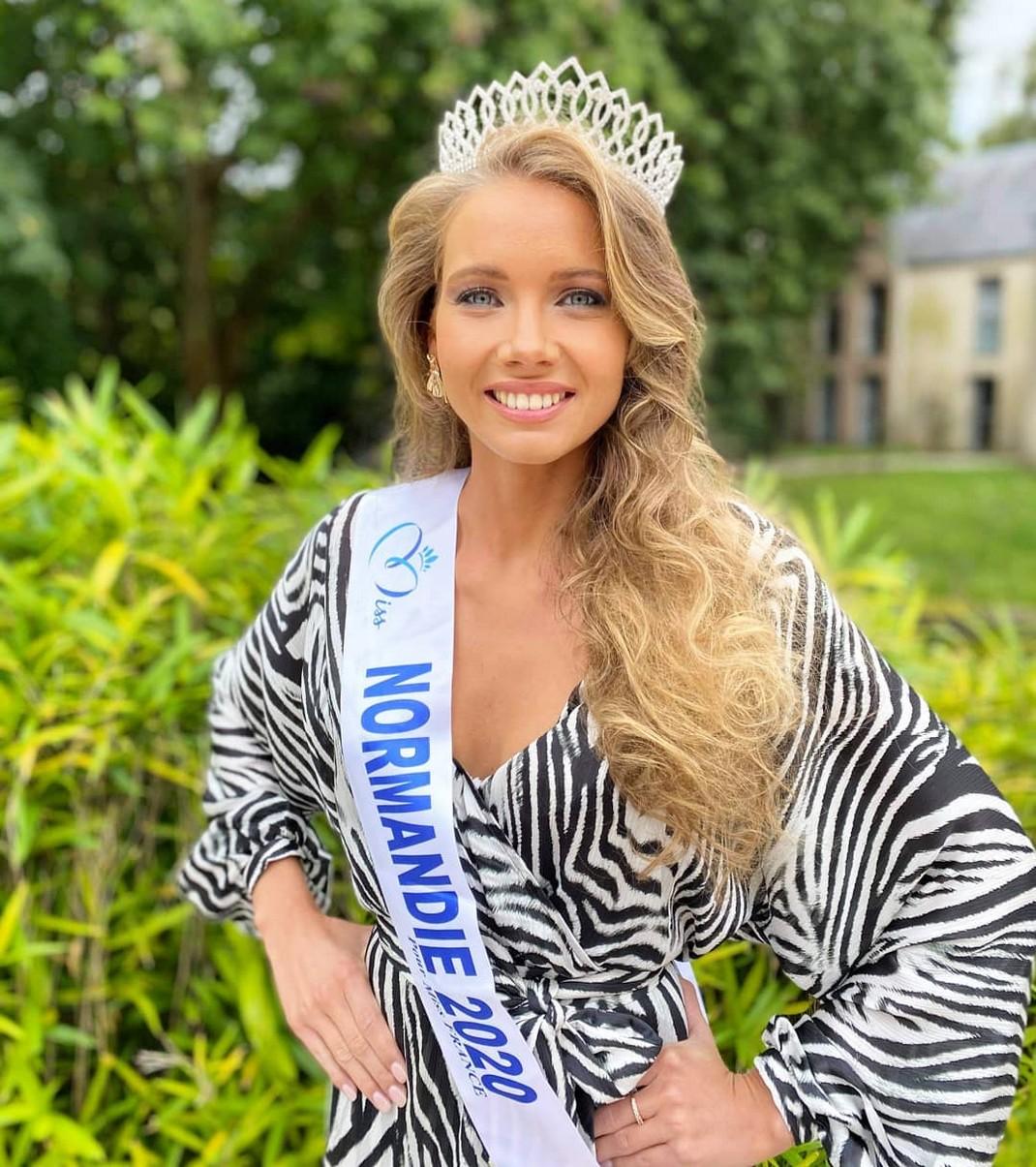 Amandine Petit, Miss Normandie, est élue Miss France 2021 Amandi10