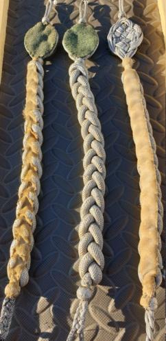 identification de 3 cordons tireur mis en vente sur le forum 20201136