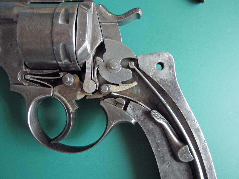 Problème cinématique et indexation sur revolver 1873 Img_2813
