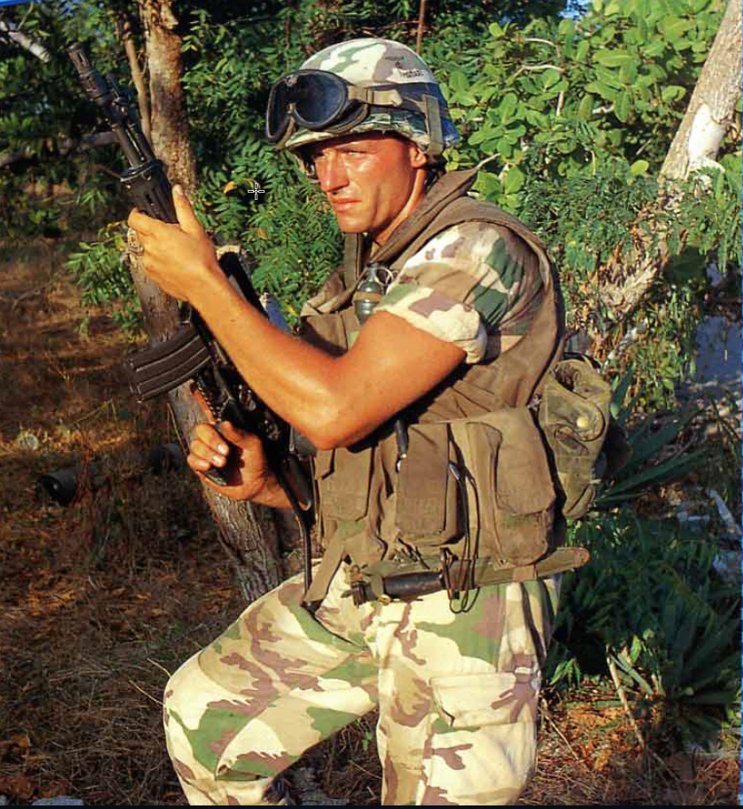 Italian Gear used in Somalia - Operation IBIS 1992-1994. 2020-012