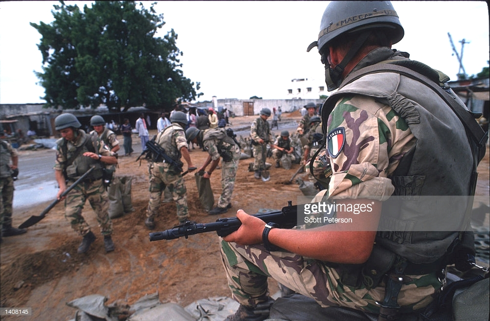 Italian Gear used in Somalia - Operation IBIS 1992-1994. Ibis2_11