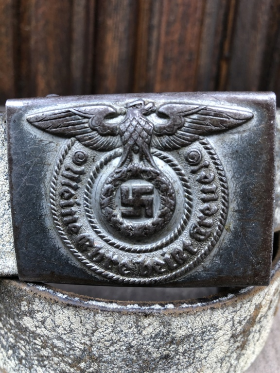 postez vos articles Waffen-SS - Page 7 Fc8f6f10