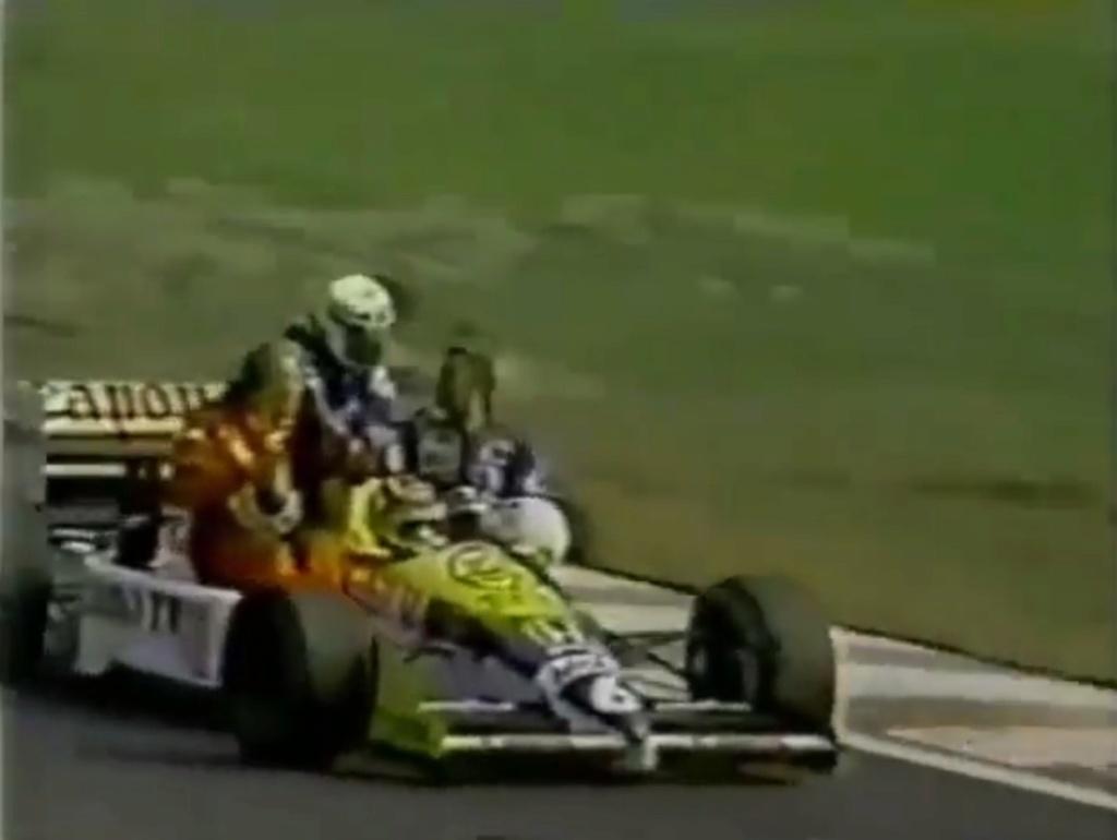 Les images insolites de la F1 - Page 16 Img_3712