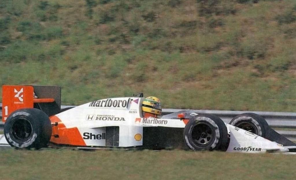 Les images insolites de la F1 - Page 16 Img_3713