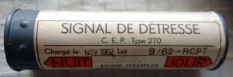 Aviation: Gilet de sauvetage Aérazur 17 - 1er type Cep_2710