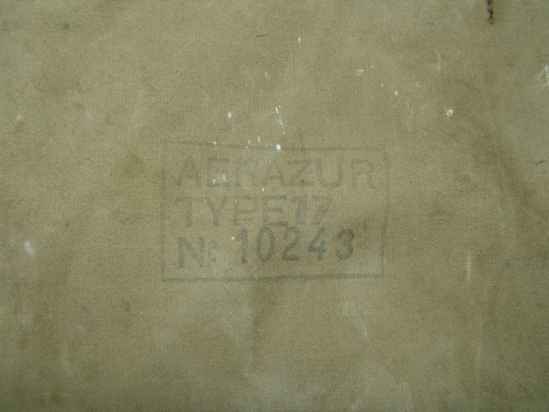 Aviation: Gilet de sauvetage Aérazur 17 - 1er type Dsc00053