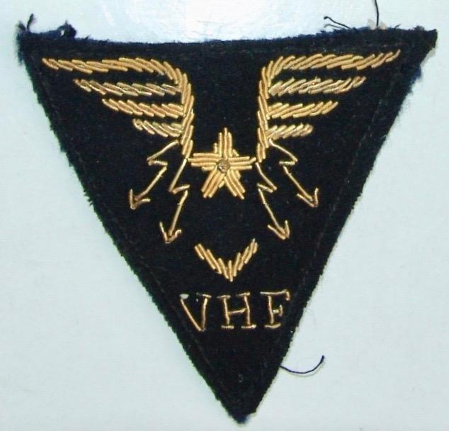 Insigne Armée de l'Air, inscription TLT Dsc00454
