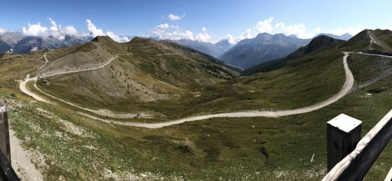 Ballade dans les Alpes Italiennes autour de Sauze d'Oulx en Hummer 4f543d10