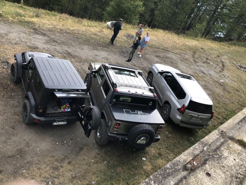 Ballade dans les Alpes Italiennes autour de Sauze d'Oulx en Hummer E451c110