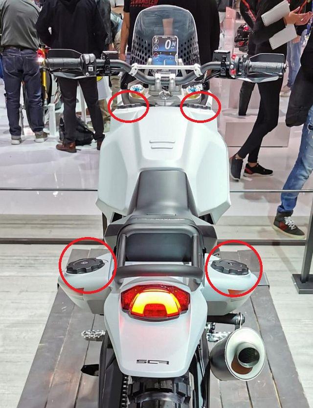 Scrambler Desert_X Ducati13