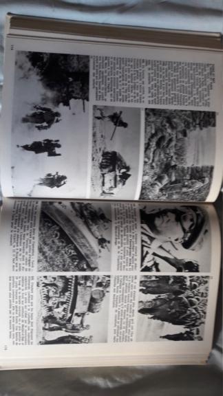 Livre et atlas de guerre  20181112