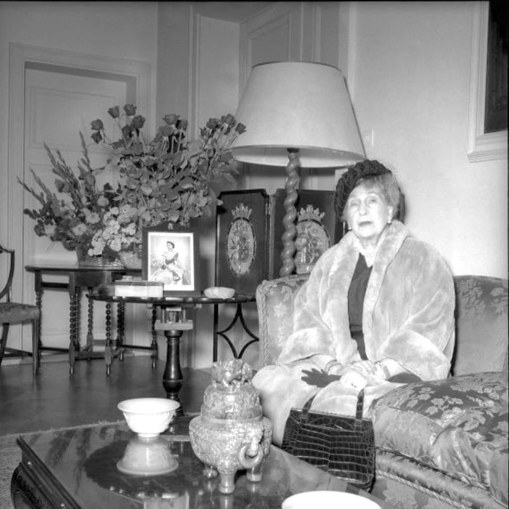 Reina Victoria Eugenia de España - Página 19 10390810