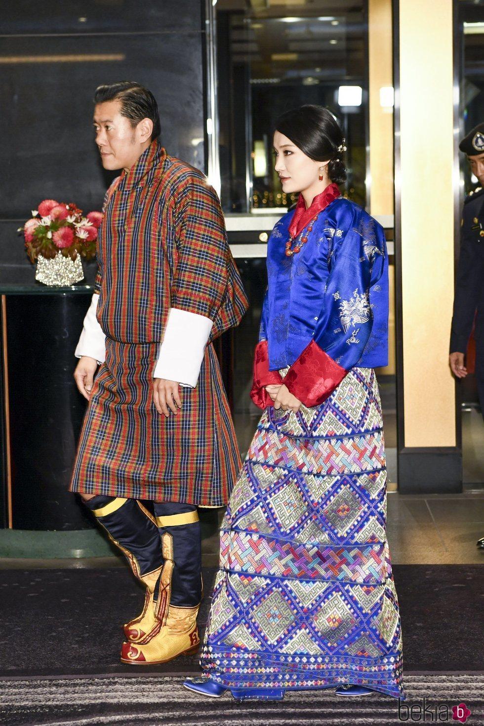 Casa Imperial del Japón (Nihon-koku / Nippon-koku) - Página 15 14821910