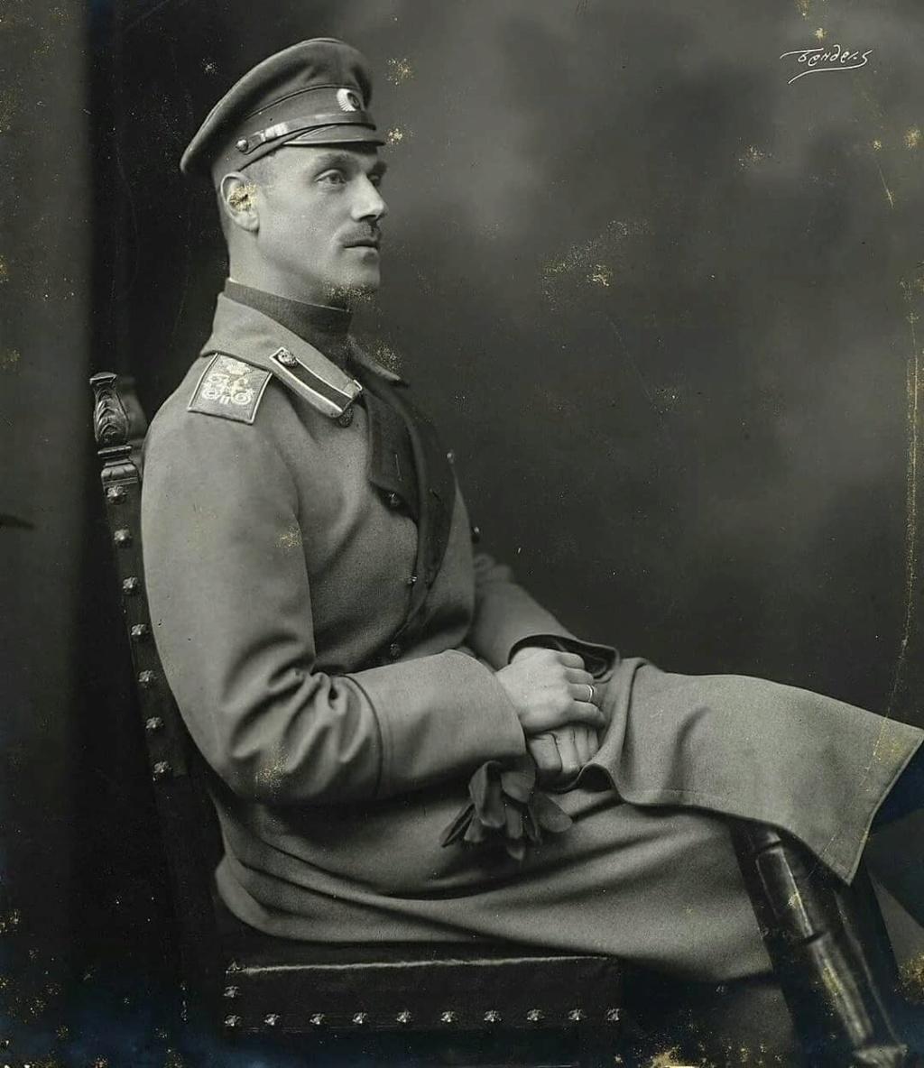 Gran Duque Miguel Alexandrovich - Página 12 33879310