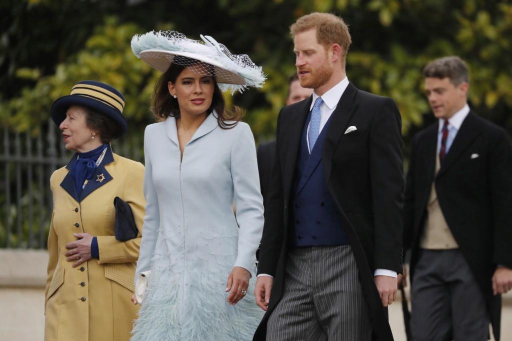 Noticias y Actos de la Familia Real 5313-310