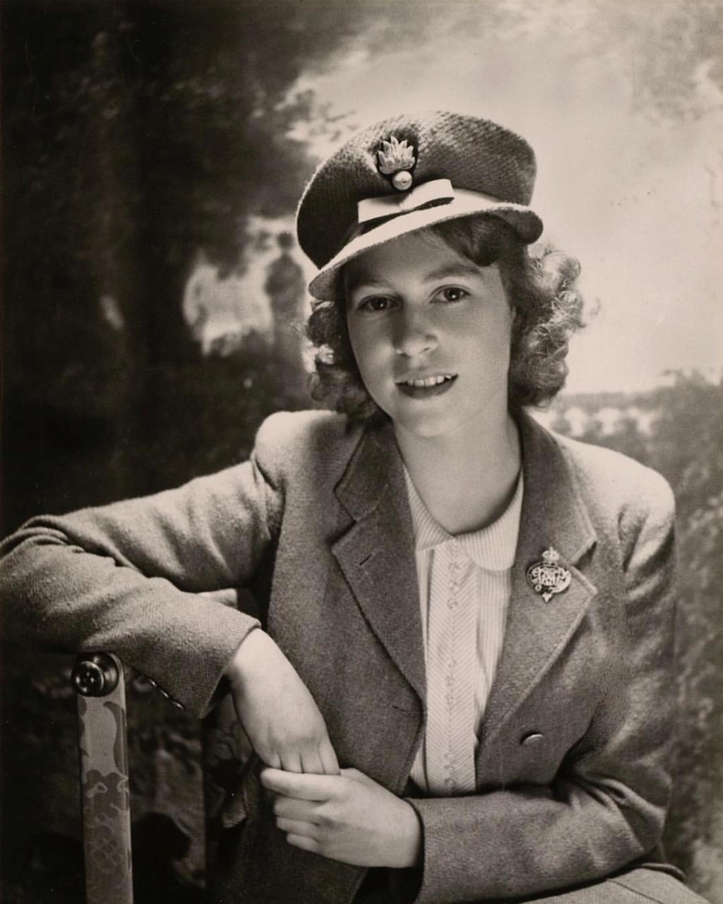 Isabel II, Reina de Gran Bretaña e Irlanda del Norte - Página 13 57912310