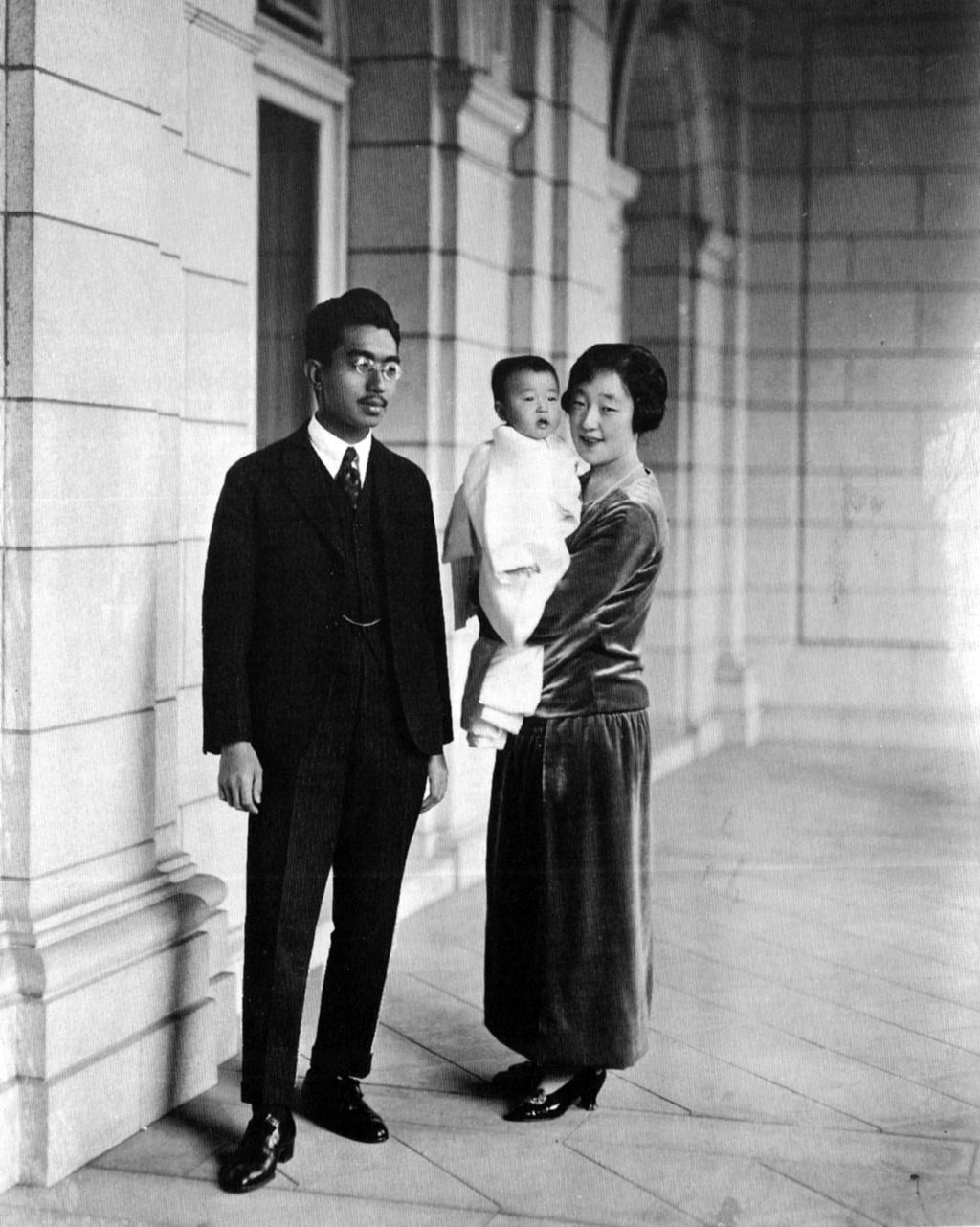 Casa Imperial del Japón (Nihon-koku / Nippon-koku) - Página 15 68941710