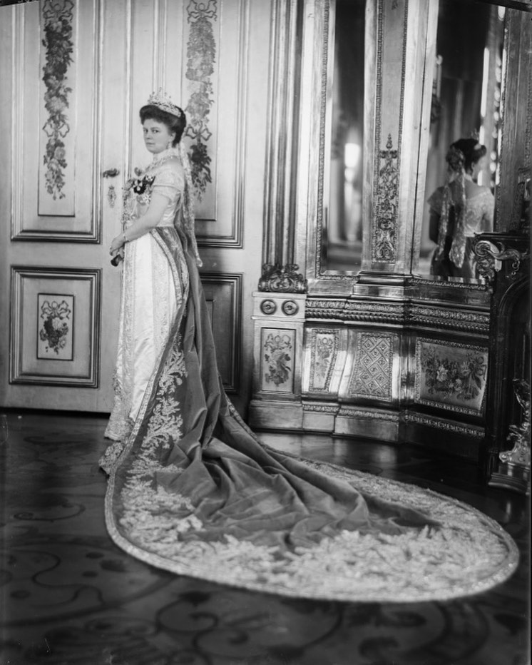 Casa Imperial de Austria - Página 23 75419810