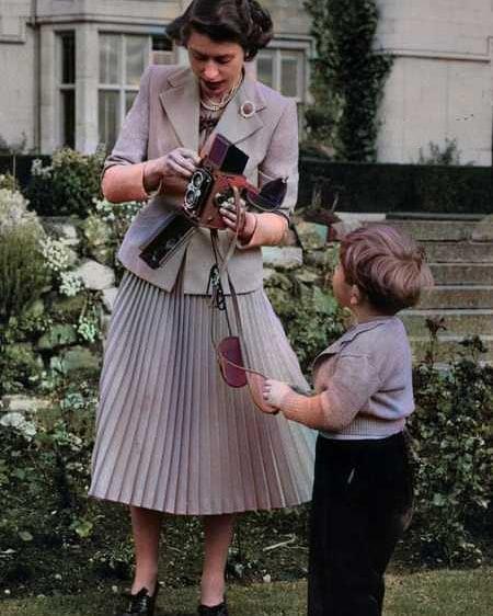 Isabel II, Reina de Gran Bretaña e Irlanda del Norte - Página 13 79645810
