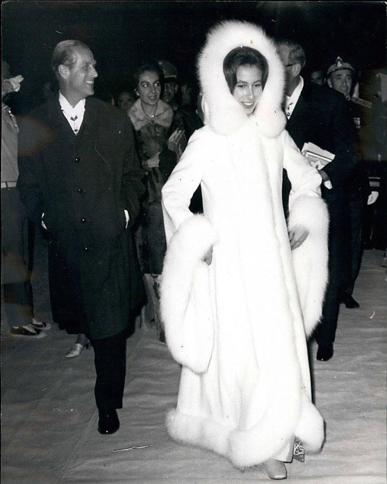 Princesa Ana Mountbatten-Windsor y familia - Página 14 84108610