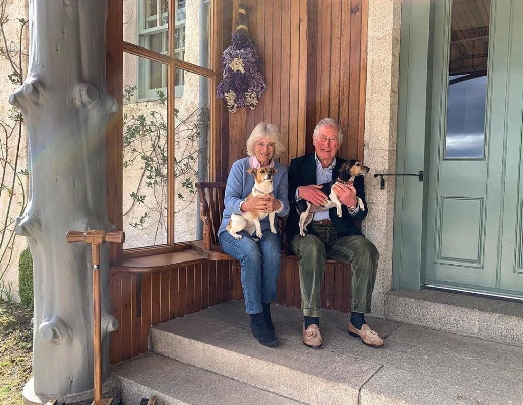 Carlos de Inglaterra y Camilla, Duquesa de Cornualles - Página 17 92230610