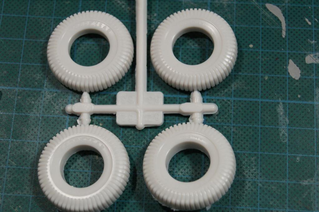 AMT - 1/25 - Superbug Gasser Dsc00033