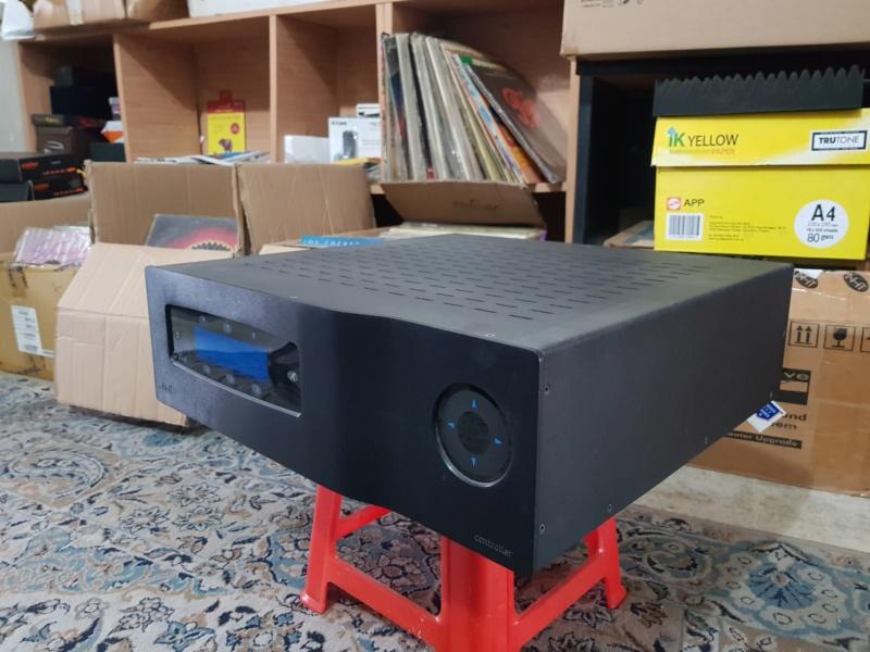 "NHT Power5 - 1000 watt Power Amp. (Free ""NHT Controller"" as a complimentary deck) 20181011"