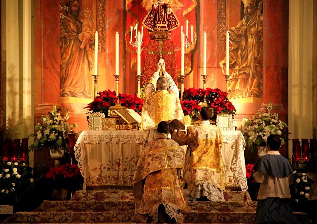 Assister à la messe traditionnelle tous les dimanches via un lien youtube 12010