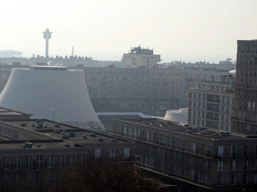 ( Ouvert à tous )   Les toits  1716