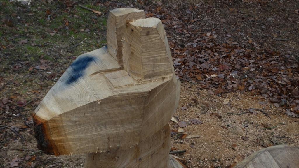 Sculptures à la tronçonneuse Dsc01812