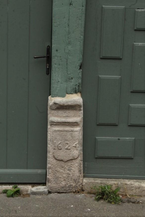 Fil ouvert-  Dates sur façades. Année 1602 par Fanch 56, dépassée par 1399 - 1400 de Jocelyn - Page 5 Img_1814