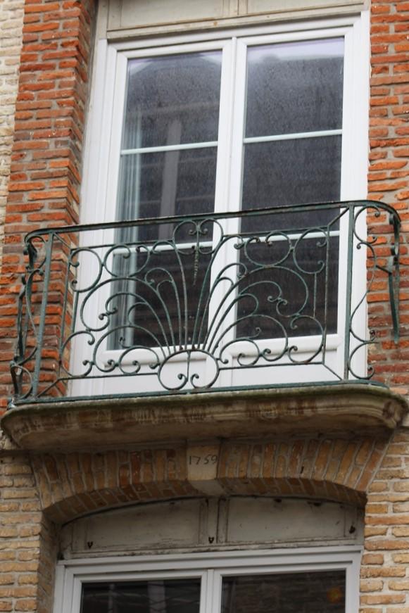 Fil ouvert-  Dates sur façades. Année 1602 par Fanch 56, dépassée par 1399 - 1400 de Jocelyn - Page 5 Img_1815