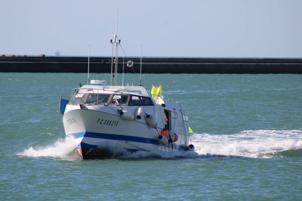 [Fil ouvert]  NAVIRES (tous les types) - Page 12 Img_2055