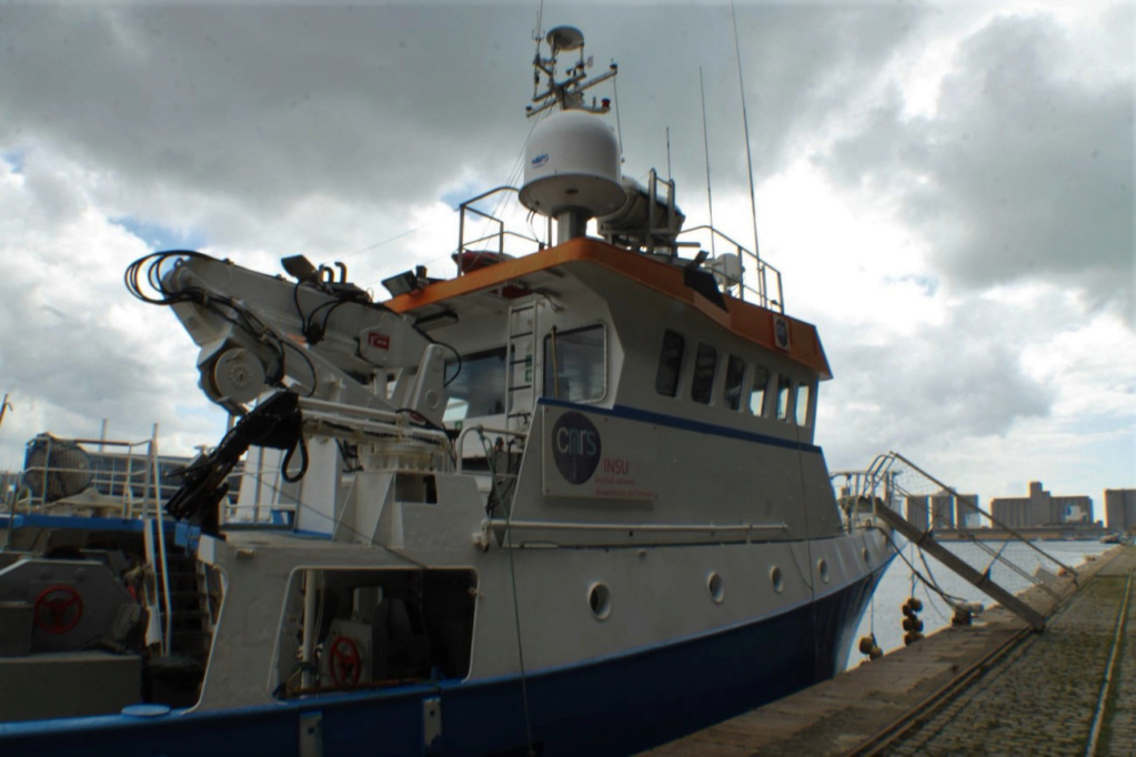 [Fil ouvert]  NAVIRES (tous les types) - Page 8 Img_8423