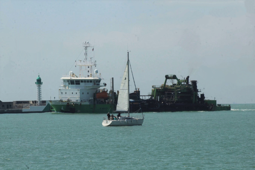 [Fil ouvert]  NAVIRES (tous les types) - Page 10 Img_9122