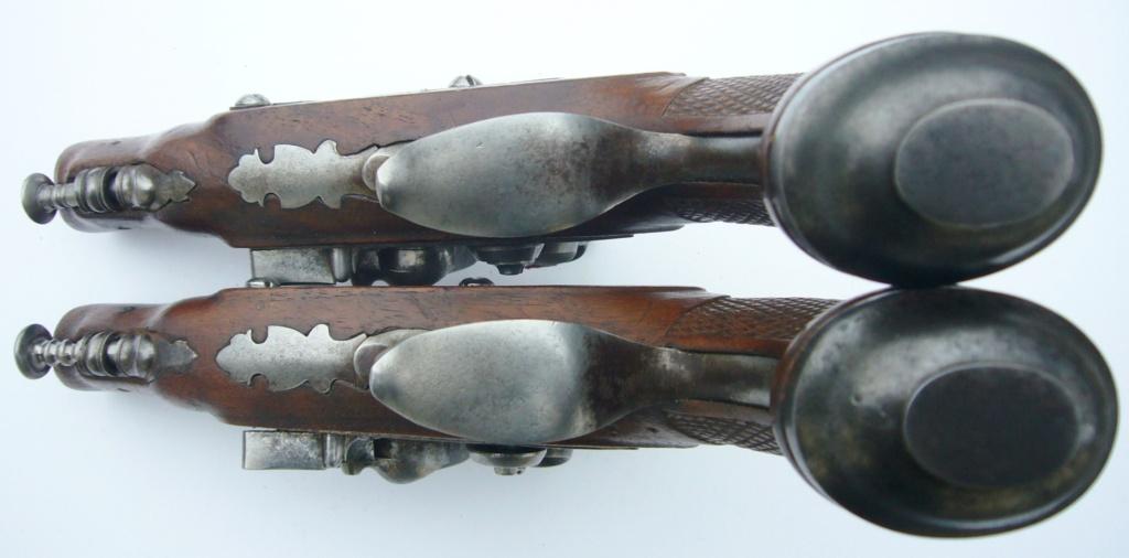 """paire de pistolets de """" voyage """" à silex  65d5e510"""
