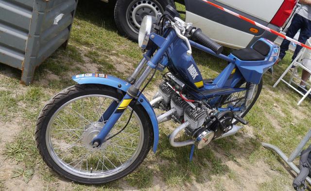 A 130 sur un Vélo Solex Gump Image276