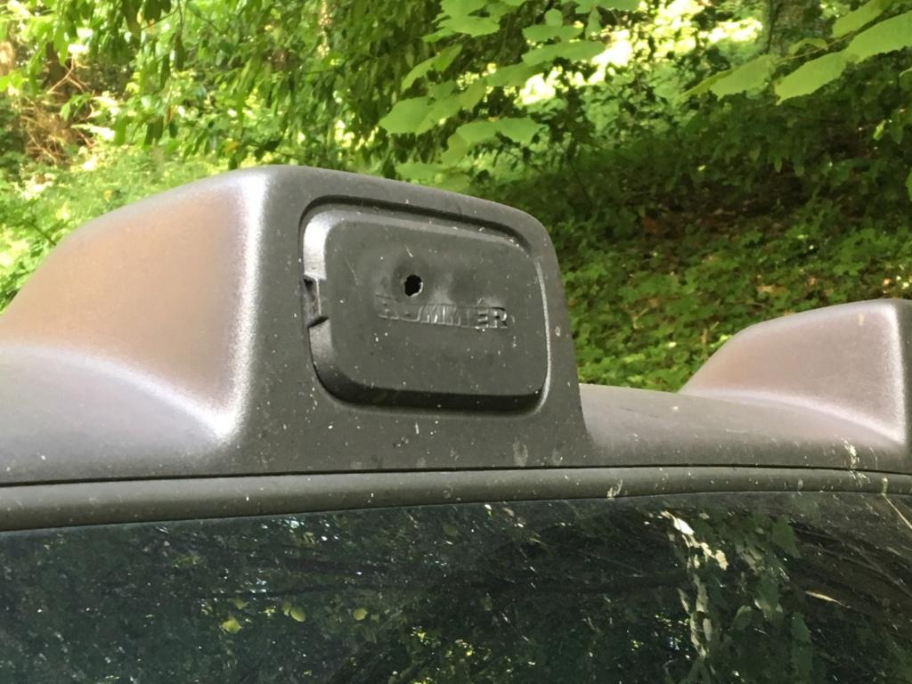 Rechercher «cache-feu» barre toit hummer H3 Dfb06510