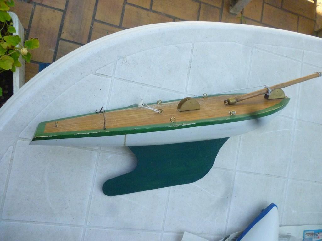 Connaissez-vous ce bateau P1060623