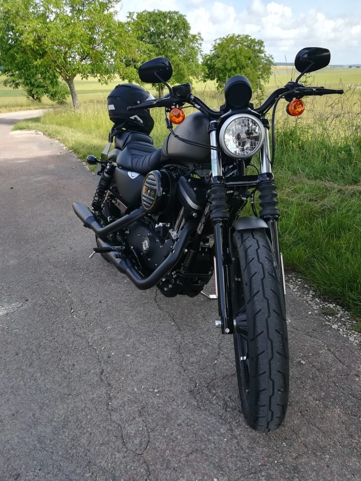 En 883... combien sommes nous sur le Forum Passion-Harley - Page 14 Img_2010