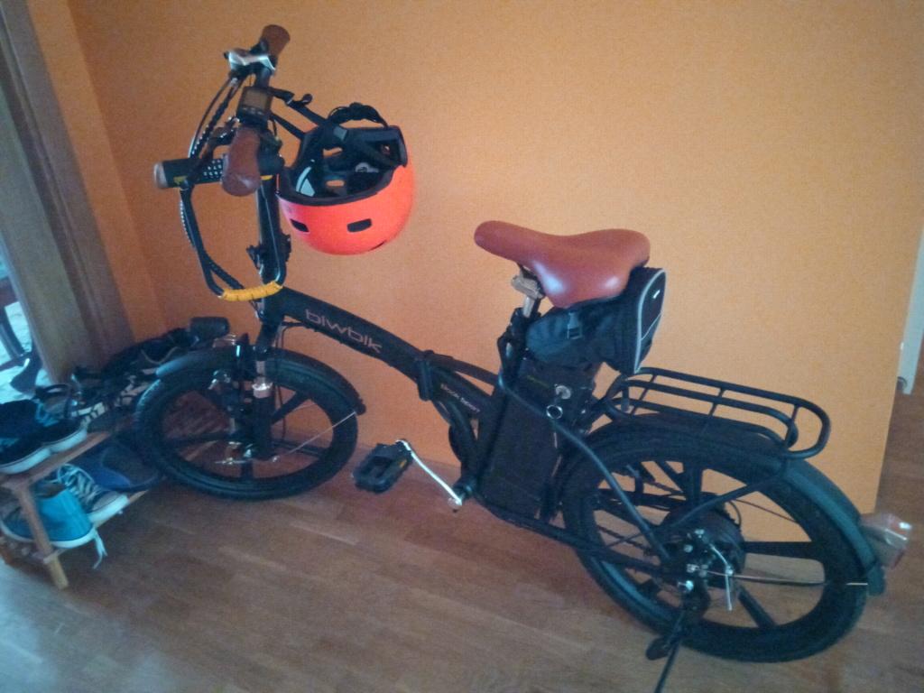 Presentación y bici Img_2011