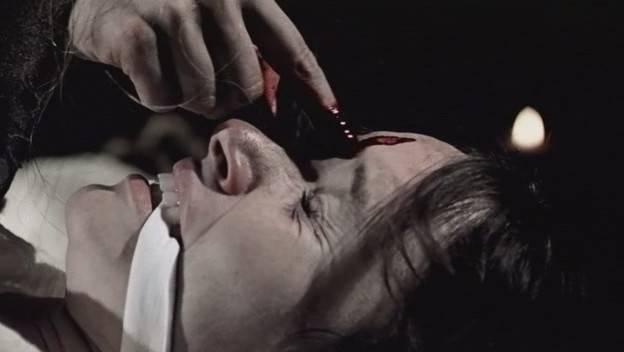 Фильм Где Убийца Вырезает Слово Девственница
