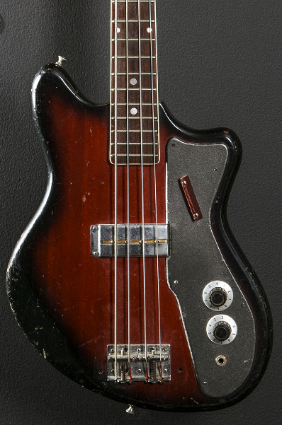 Kingston Bass. 0110