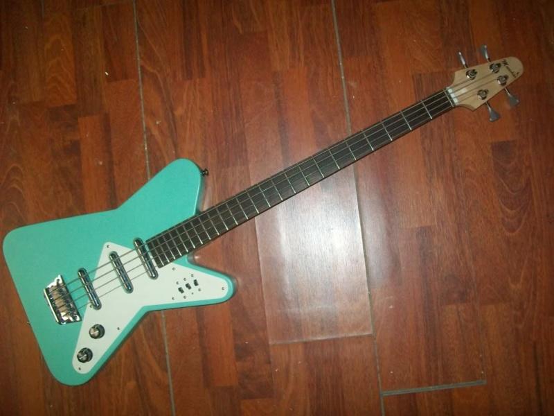 Moonshine Astro Bass. 100_4810