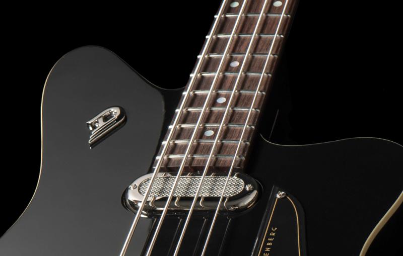 Duesenberg Triton Bass. 217