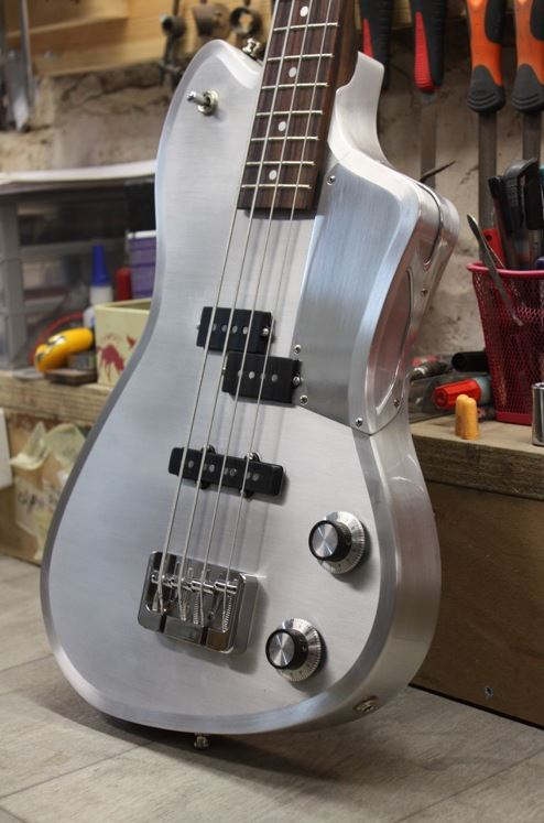 Meloduende The Fury Bass. 312